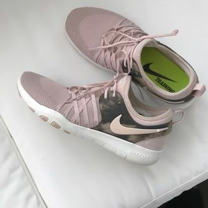 Nike Soft Pink Training Sneakers